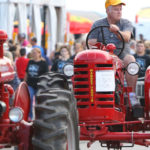 tractor-parade